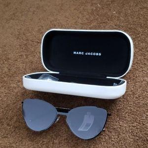 BNWT Marc Jacobs Cat Eye Sunglasses 33/S